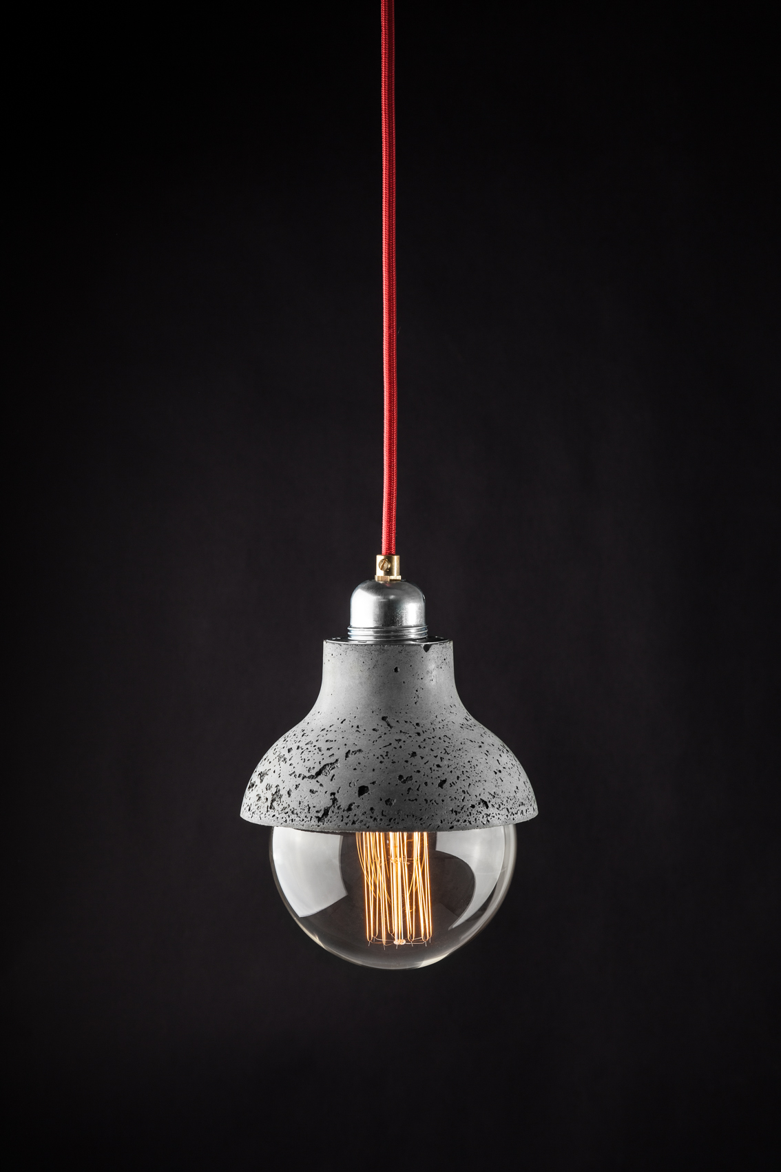 concrete lamp made by vaspi studio - Yoav vaspi yanai